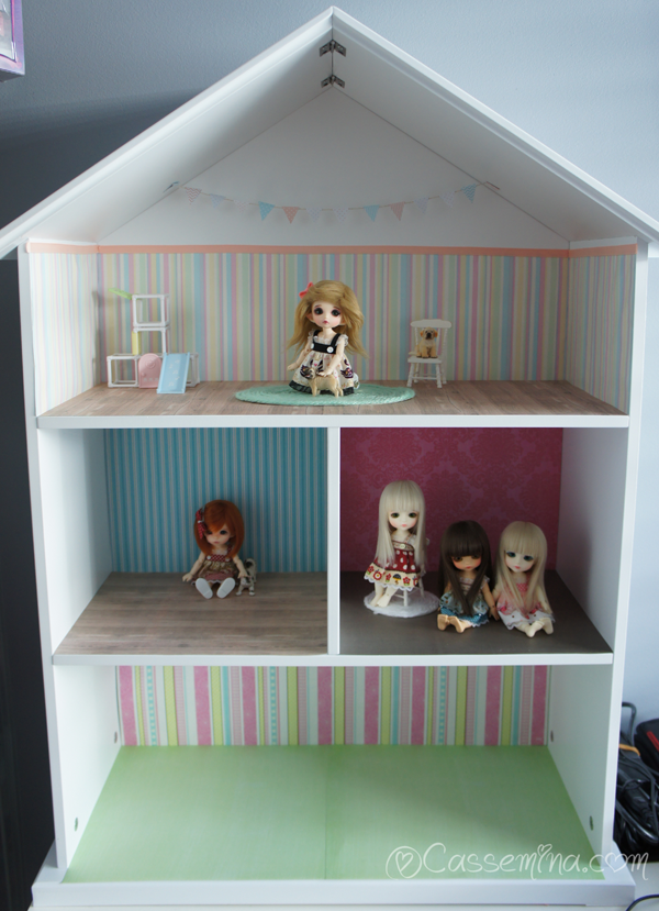 dollshelf